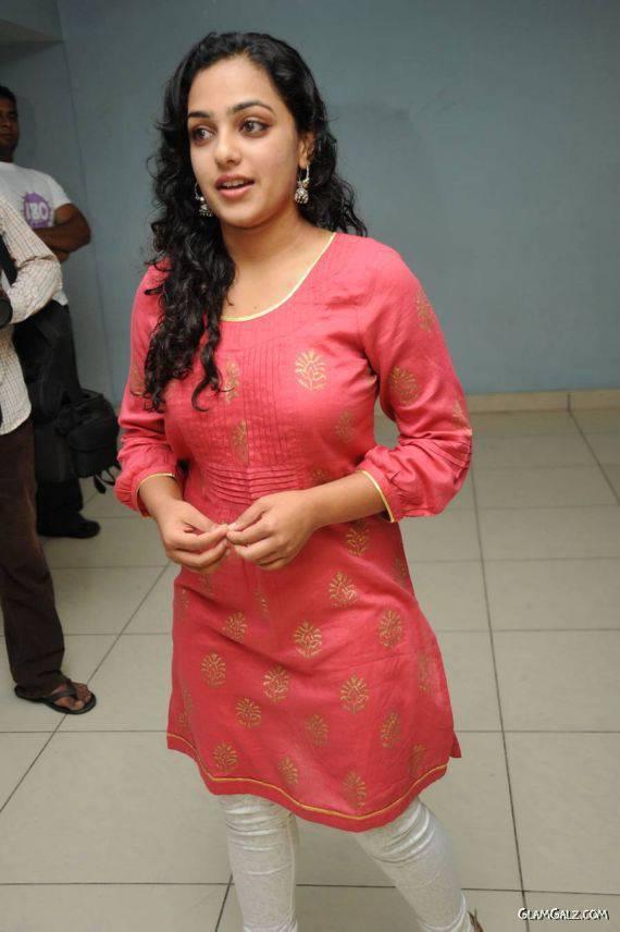 Tag Archive Nithya Menon Bachelor Party Malayalam Movie Trailer ...