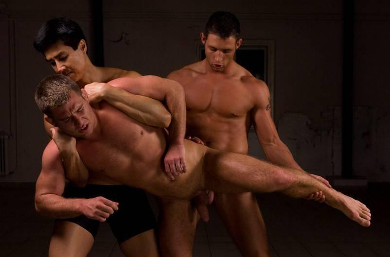 mnogo-erotiki-filmov-smotret