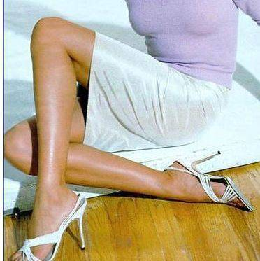 Piękne kobiece nogi. 36