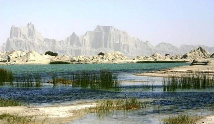 Piękne krajobrazy z Iranu 39
