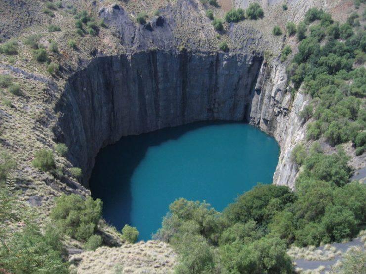 10 niezwykłych dziur w Ziemi 10