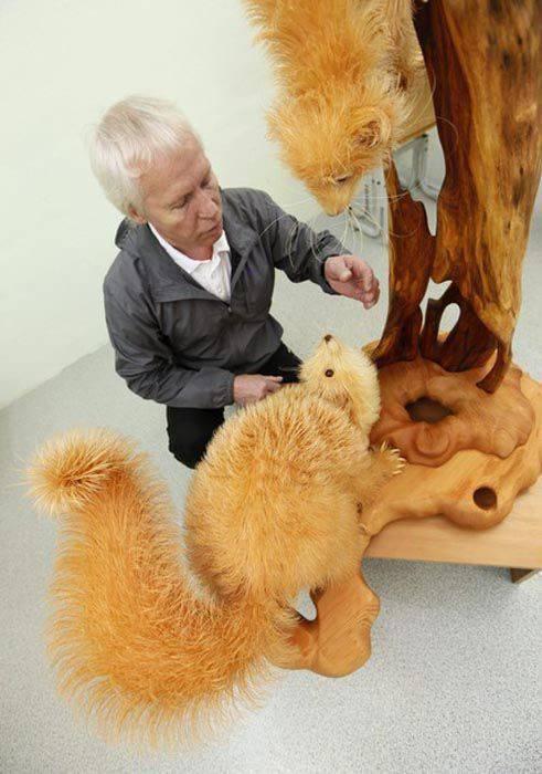 Szczegółowe, drewniane rzeźby. 10