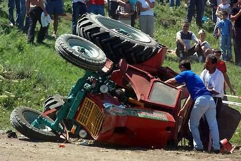 Wyścigi traktorów 14