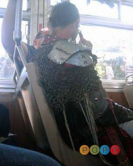 Najdziwniejsi ludzie z busów 23