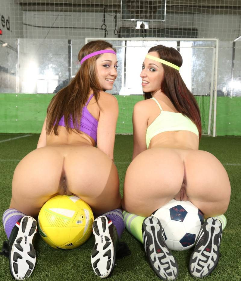 Jada Stevens Remy LaCroix - Double The Ass On The Playing Field (2013) [HD 720p]