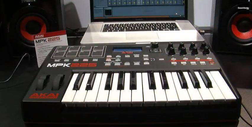 This Akai 25 Keyboard Controller Will Be Released Soon And Ill Looking At It Its Little Brother MPK Mini MkII Just To Have Something Small