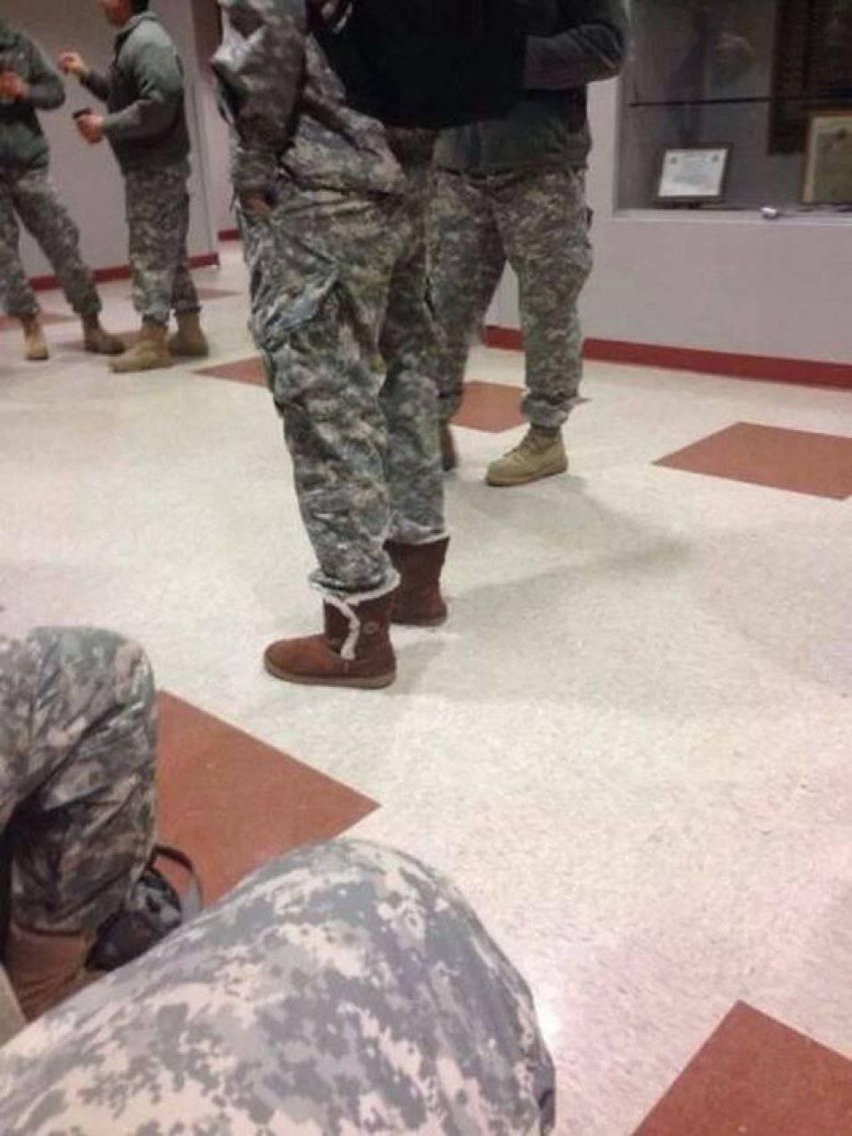 Żołnierze po godzinach 2