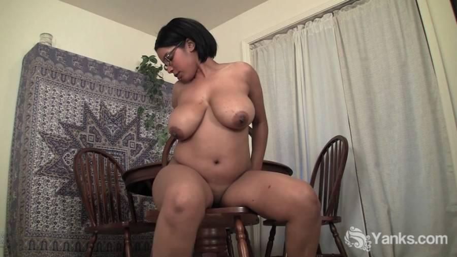 Yanks 14 11 23 Natalia Johnson Rides A Chair  1080p