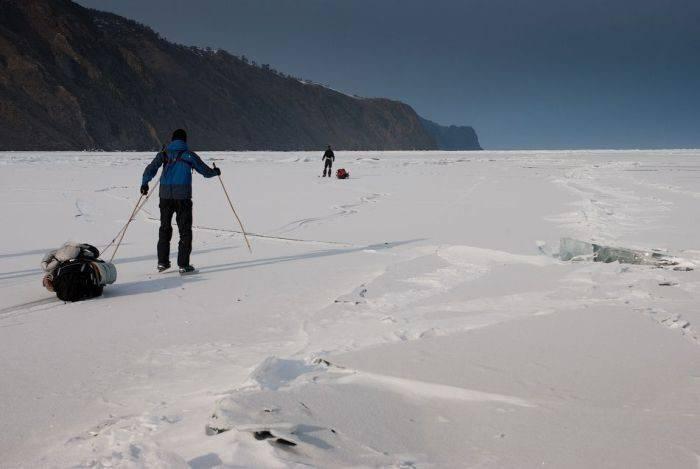 Zamarznięte jezioro Bajkał 22