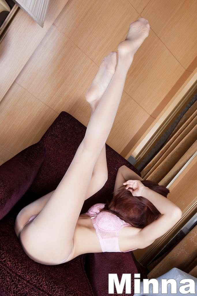 [超正的美女腿好漂亮]Minna
