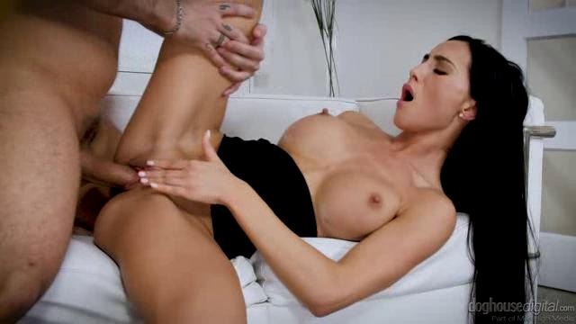 DogHouseDigital 18 06 05 Anna Rose Annas Got Tits XXX