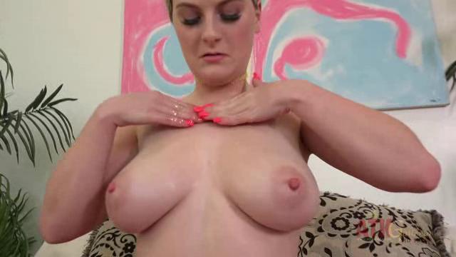 ATKGalleria 18 06 04 Kara Lee Masturbation XXX