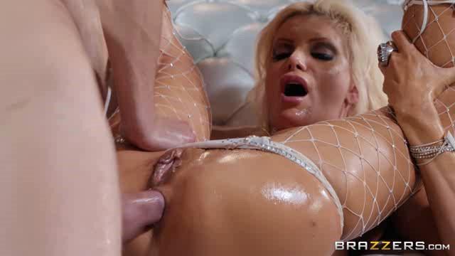 BigWetButts 18 12 21 Brittany Andrews Full Moon XXX
