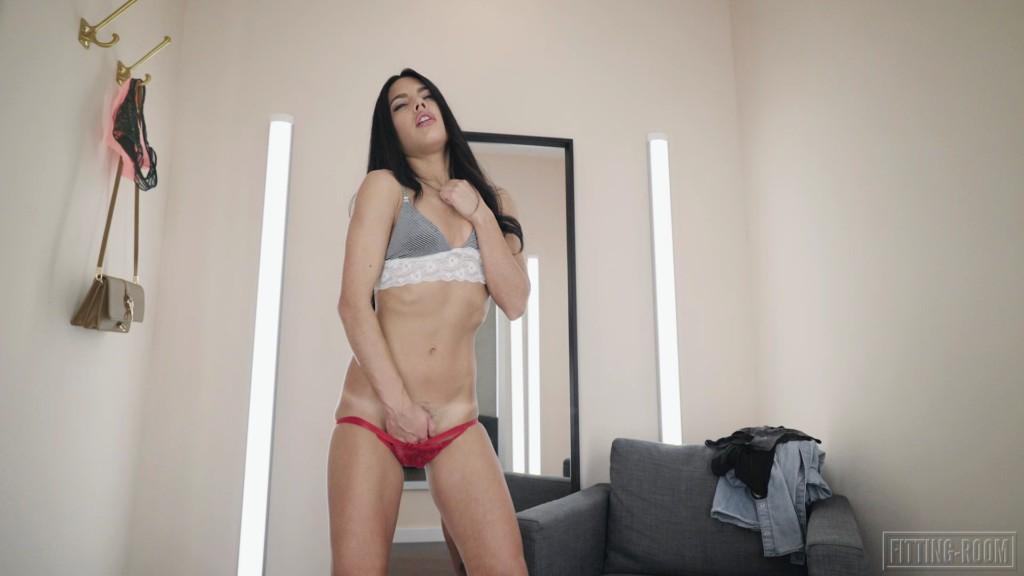 Fitting-Room 19 11 22 Apolonia Lapiedra She Cums Squirting XXX 1080p MP4-KTR