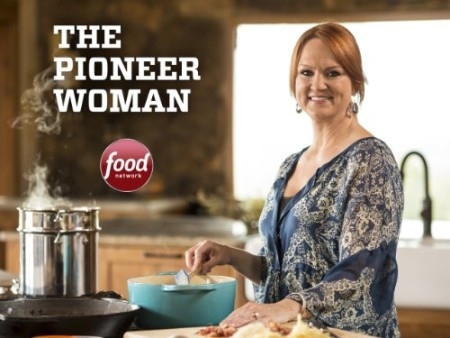 The Pioneer Woman S25E01 Staying Home WEB x264-ROBOTS