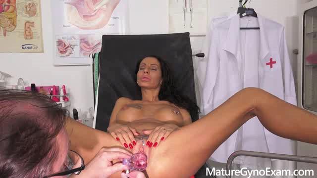 MatureGynoExam 20 04 17 Valentina Sierra XXX